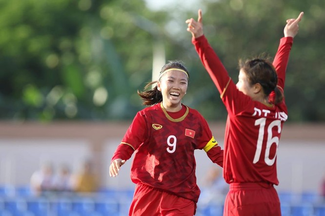 Hưng Thịnh Land đã công bố gói tài trợ lên tới 100 tỷ đồng cho bóng đá nữ Việt Nam, hướng đến mục tiêu có mặt tại World Cup. Ảnh VFF