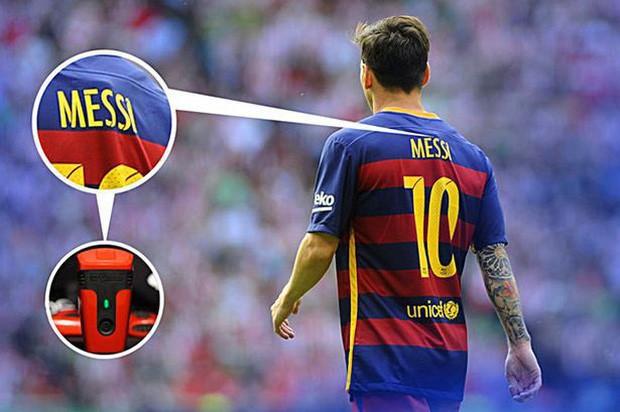 Chiếc áo thi đấu hiện đại của CLB Barca. Ảnh CLB Barca.