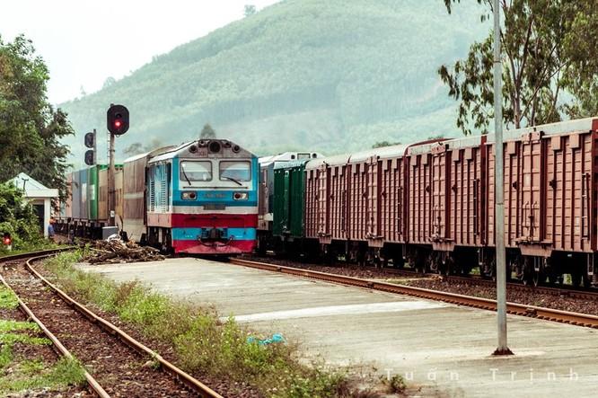 """Đường sắt Việt Nam: Sau khi """"thoát đáy khủng khoảng"""" là """"giai đoạn khó khăn nhất"""" trong lịch sử ảnh 1"""