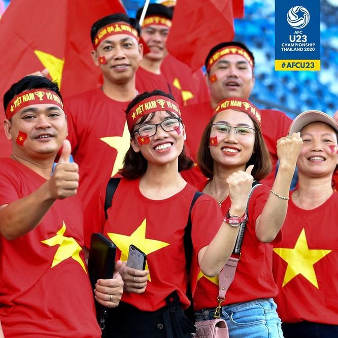 Hàng ngàn khán giả Việt Nam đã đến sân cỗ vũ cho đội U23 Việt nam. Ảnh AFC
