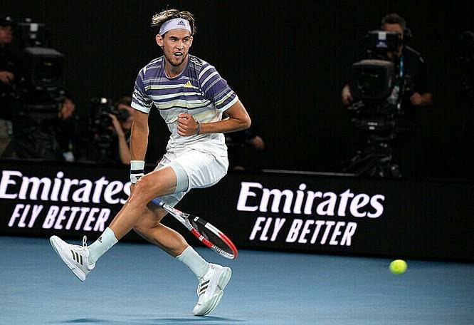 Australian Open: Nole lần thứ 8 vô địch nhưng để lại hình ảnh xấu với người hâm mộ ảnh 1