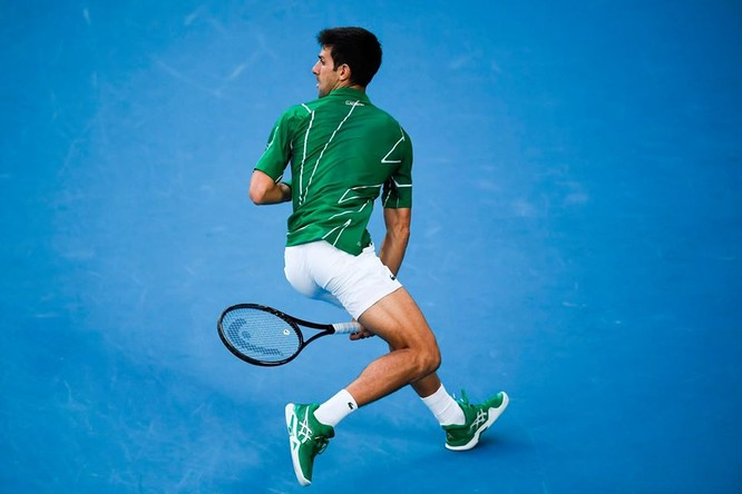 Australian Open: Nole lần thứ 8 vô địch nhưng để lại hình ảnh xấu với người hâm mộ ảnh 2