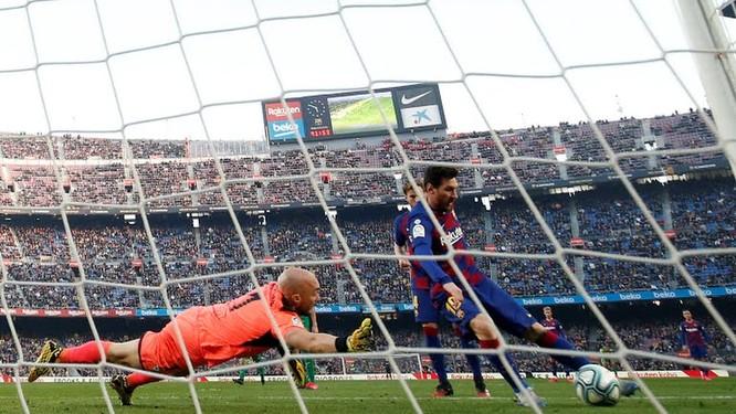 Messi - sinh ra là để ghi bàn ảnh 1