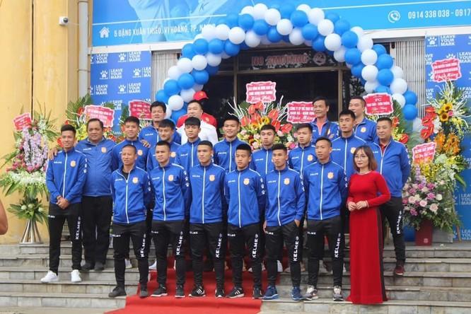 """Khi Nam Định ra sân không có """"cầu thủ số 12"""" ảnh 1"""