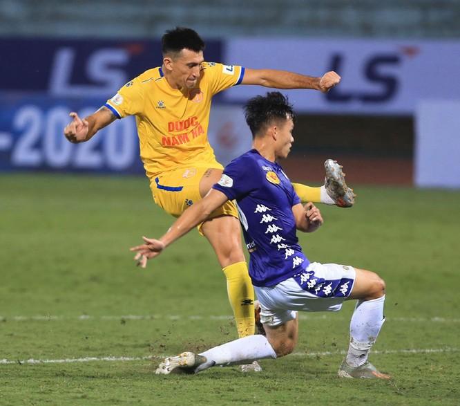 Hà Nội 4-2 Nam Định: Nỗi lo nơi hàng thủ của đội bóng thành Nam ảnh 2