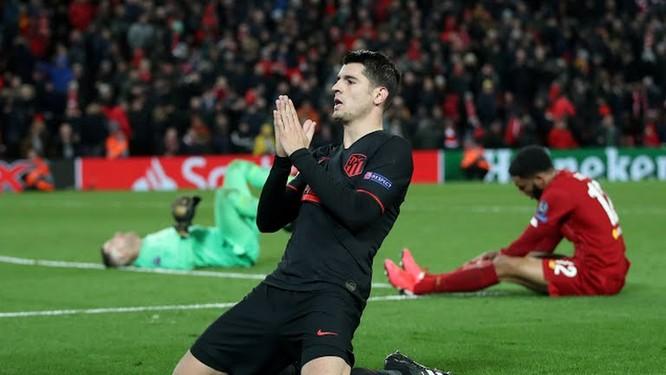 """""""Nhà vua sân cỏ châu Âu"""" Liverpool đã thoái vị ảnh 1"""