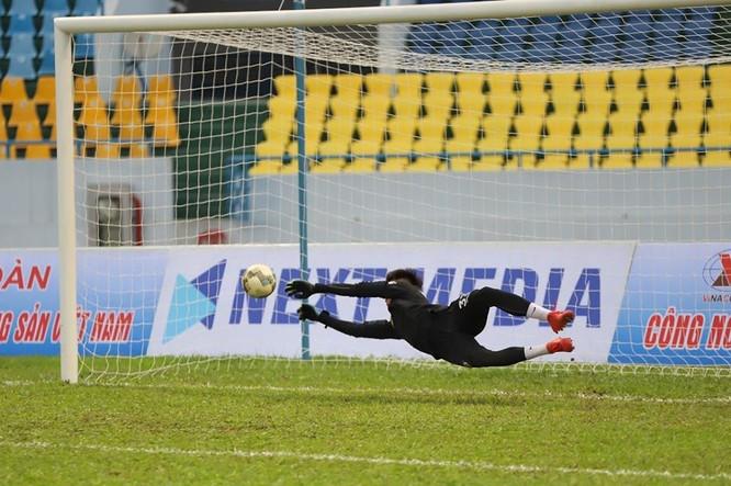 Than Quảng Ninh- Hà Nội (3-1): Hàng loạt cầu thủ chấn thương khiến CLB Hà Nội thua tan tác ảnh 3