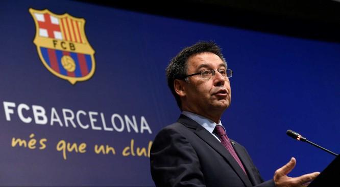  Vì dịch Covid-19, Barcelona có thể đơn phương cắt giảm tiền lương cầu thủ? ảnh 1