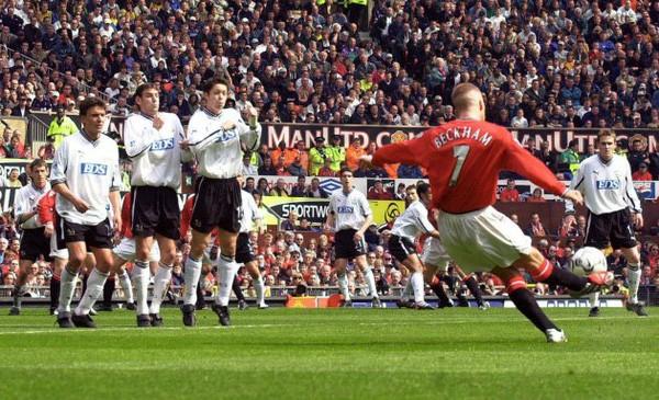 Old Trafford: Chiếc áo số 7 và tấm băng đội trưởng ảnh 2