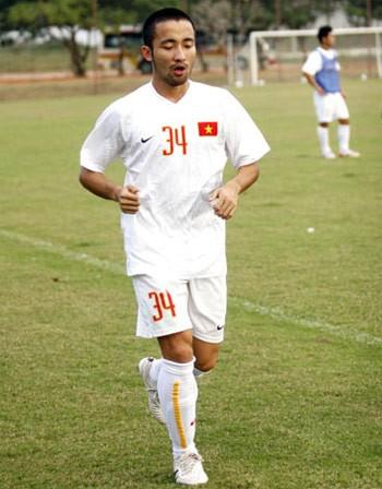 Công Minh (SLNA) - tiếc nuối một tài hoa bóng đá xứ Nghệ ảnh 2