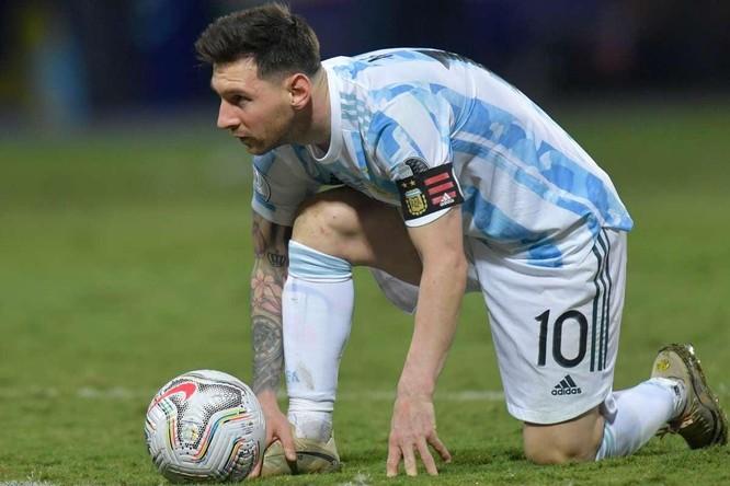 Barca: Không nhanh tay sẽ mất Messi ảnh 1
