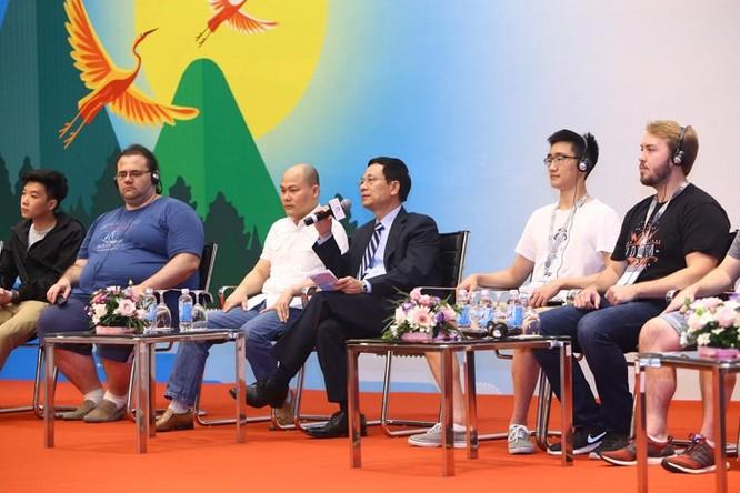 """Bộ trưởng Bộ TT&TT Nguyễn Mạnh Hùng: """"Trên thế giới hiện nay cứ một phút lại có khoảng 10.000 cuộc tấn công mạng"""" ảnh 1"""