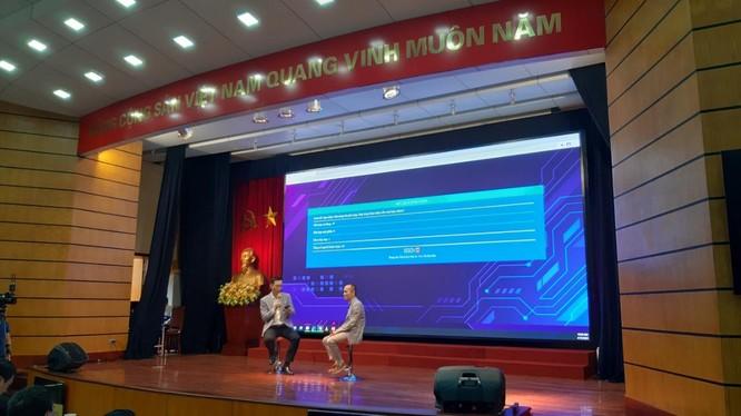 Thứ trưởng Nguyễn Huy Dũng đề cao khát vọng vượt qua cái bóng của những ông lớn công nghệ thế giới ảnh 1