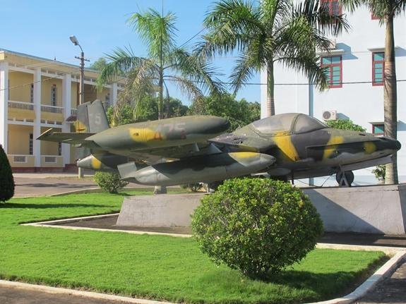 Giải mã bí mật Sân bay Sao Vàng: Bài 3 - Từ sân bay dã chiến đến Căn cứ không quân chiến lược ảnh 2
