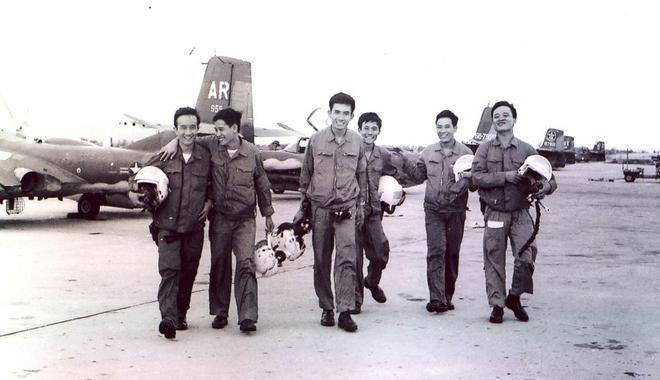 """Đánh chiếm sân bay Thành Sơn 46 năm trước: Người dưới đất và """"trên trời"""" giờ mới gặp được nhau ảnh 1"""