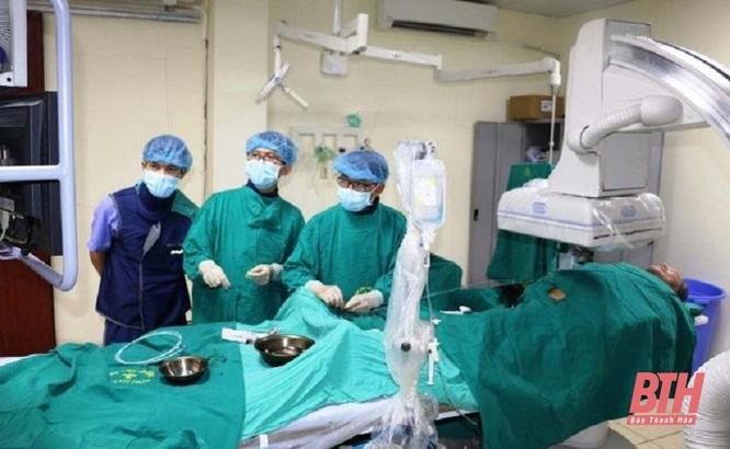 Bệnh viện Đa khoa tỉnh Thanh Hóa: Đón nhận danh hiệu Anh hùng Lao động ảnh 2