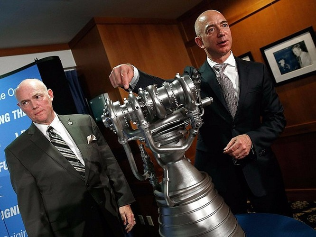 Một ngày của tỷ phú giàu nhất thế giới Jeff Bezos: không cần chuông báo thức và rửa bát sau bữa tối ảnh 12