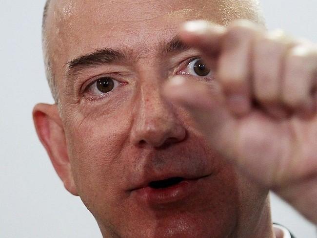 Một ngày của tỷ phú giàu nhất thế giới Jeff Bezos: không cần chuông báo thức và rửa bát sau bữa tối ảnh 6