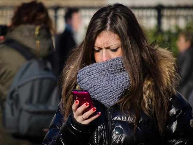 Smartphone ảnh hướng đến não chúng ta như thế nào? ảnh 1