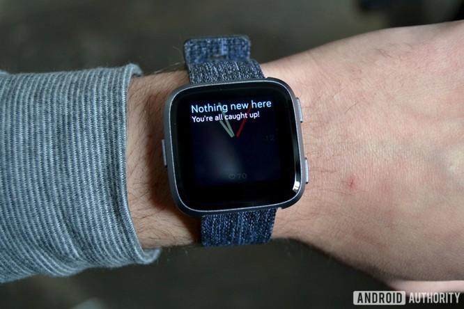 Trên tay Fitbit Versa: lịch lãm, sang trọng, giá 200 USD ảnh 2