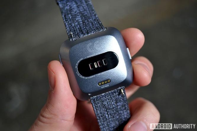 Trên tay Fitbit Versa: lịch lãm, sang trọng, giá 200 USD ảnh 4
