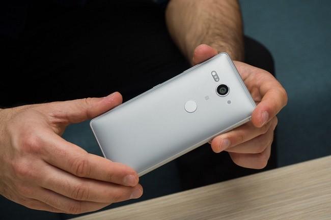Đánh giá chi tiết Sony Xperia XZ2 Compact ảnh 1