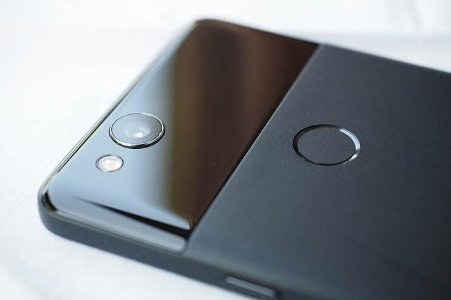 Điều gì khiến Google Pixel 2 trở thành chiếc điện thoại tốt nhất hiện nay? ảnh 7