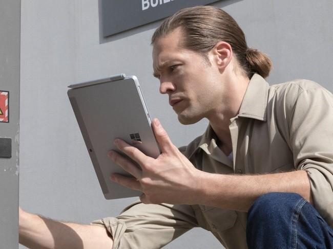 Microsoft ra mắt Surface Go: màn hình 10 inch, giá 399 USD ảnh 2