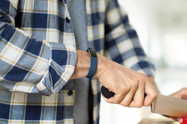 7 thiết bị đeo tay thông minh Fibit có ưu đãi lớn nhất trong tháng 7 ảnh 2