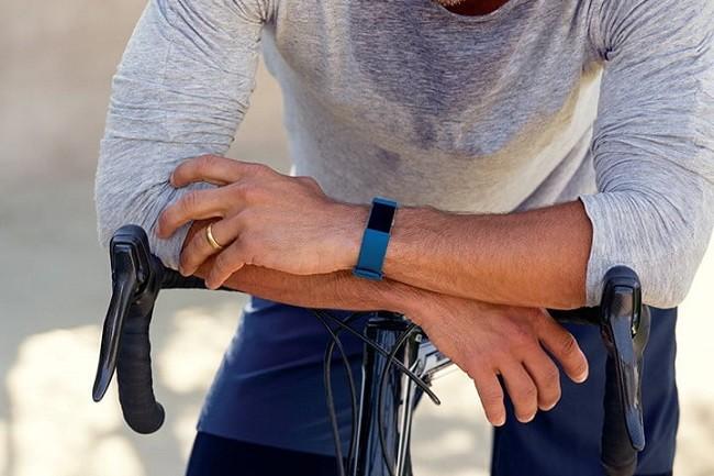 7 thiết bị đeo tay thông minh Fibit có ưu đãi lớn nhất trong tháng 7 ảnh 3