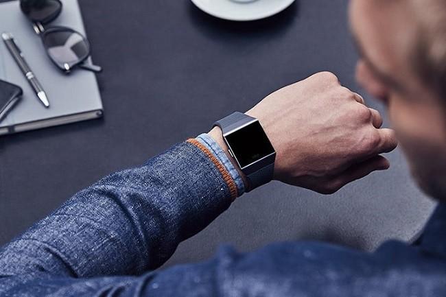 7 thiết bị đeo tay thông minh Fibit có ưu đãi lớn nhất trong tháng 7 ảnh 6