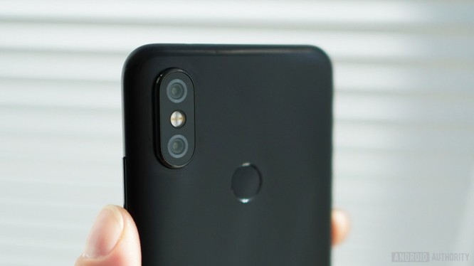 Xiaomi Mi A2: Siêu phẩm hay bom xịt? ảnh 8