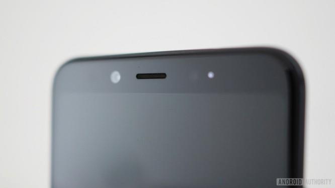 Xiaomi Mi A2: Siêu phẩm hay bom xịt? ảnh 4