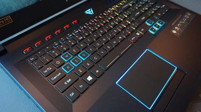Đánh giá chi tiết Acer Predator Helios 500: Quái thú dành cho game thủ ảnh 4