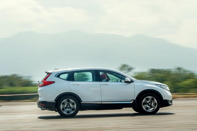 Honda CR-V tăng giá gần 200 triệu, khách hàng Việt lãnh đủ ảnh 2