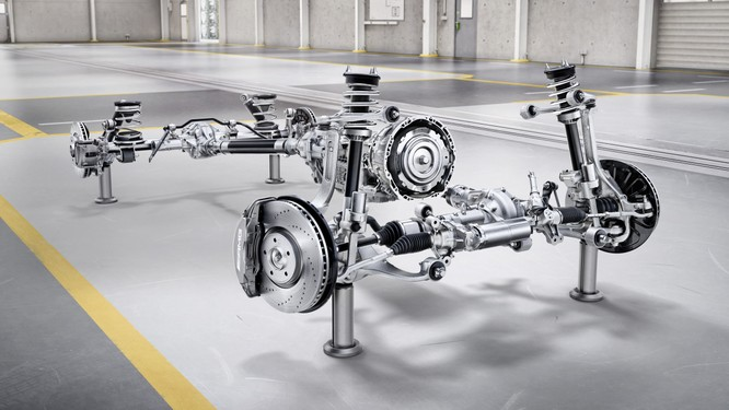 """Mercedes-Benz G-Class 2019: Quá """"ngầu"""", quá sành điệu ảnh 16"""