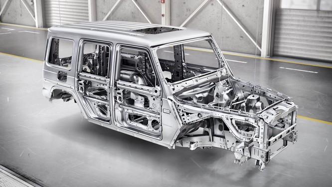 """Mercedes-Benz G-Class 2019: Quá """"ngầu"""", quá sành điệu ảnh 4"""