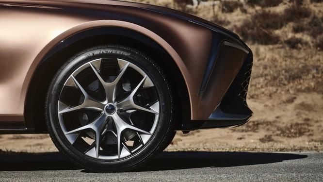 [NAIAS 2018] LF-1 Limitless Concept: Tầm nhìn của Lexus về SUV hạng sang ảnh 17