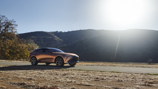 [NAIAS 2018] LF-1 Limitless Concept: Tầm nhìn của Lexus về SUV hạng sang ảnh 1