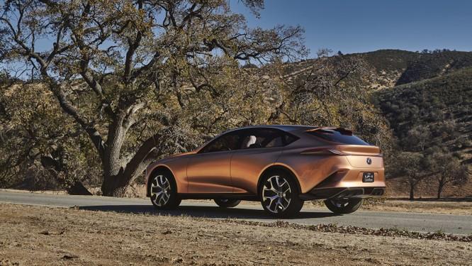 [NAIAS 2018] LF-1 Limitless Concept: Tầm nhìn của Lexus về SUV hạng sang ảnh 8