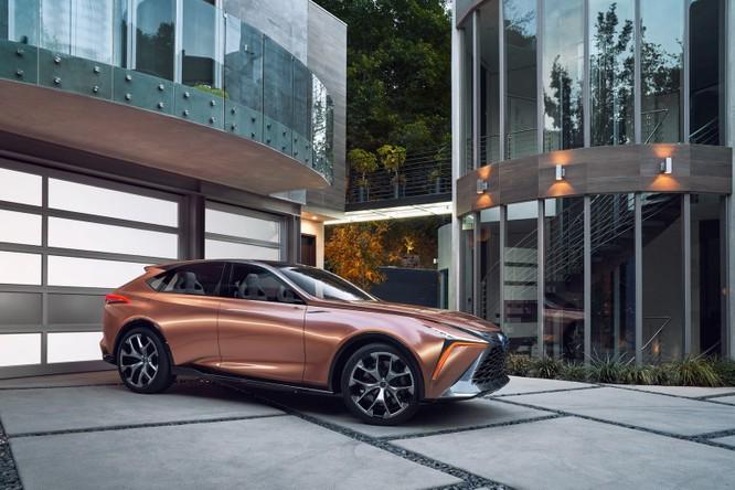 [NAIAS 2018] LF-1 Limitless Concept: Tầm nhìn của Lexus về SUV hạng sang ảnh 9