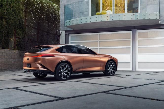 [NAIAS 2018] LF-1 Limitless Concept: Tầm nhìn của Lexus về SUV hạng sang ảnh 10