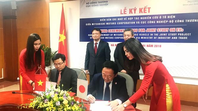 Bộ Công Thương muốn ô tô điện trở nên phổ cập tại Việt Nam ảnh 1