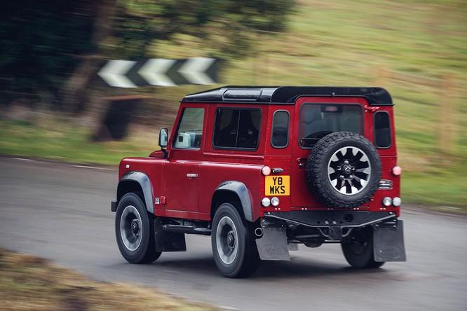 Kỷ niệm 70 năm, Land Rover ra mắt Defender Works V8 bản đặc biệt ảnh 9