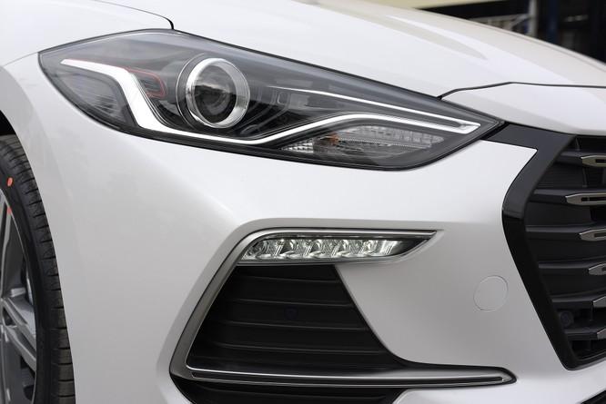 Hyundai Elantra Sport động cơ Turbo ra mắt khách hàng Việt, giá 729 triệu ảnh 9