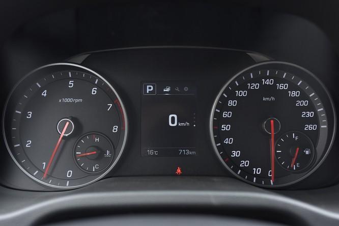 Hyundai Elantra Sport động cơ Turbo ra mắt khách hàng Việt, giá 729 triệu ảnh 16