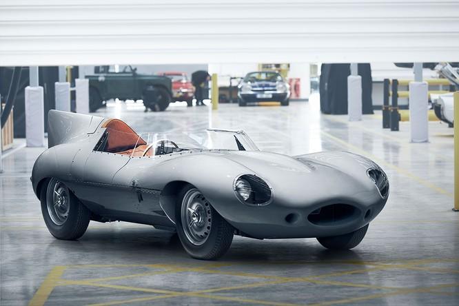 Jaguar hồi sinh mẫu xe đua huyền thoại D-Type ảnh 3