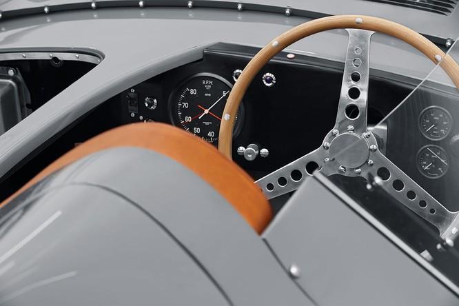 Jaguar hồi sinh mẫu xe đua huyền thoại D-Type ảnh 7