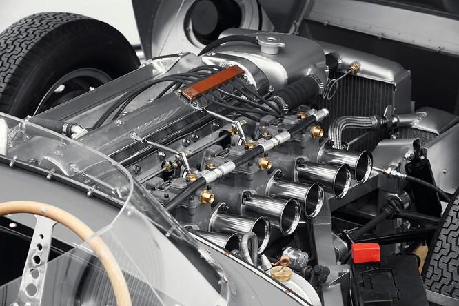 Jaguar hồi sinh mẫu xe đua huyền thoại D-Type ảnh 9
