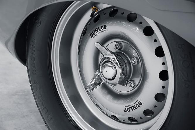 Jaguar hồi sinh mẫu xe đua huyền thoại D-Type ảnh 12